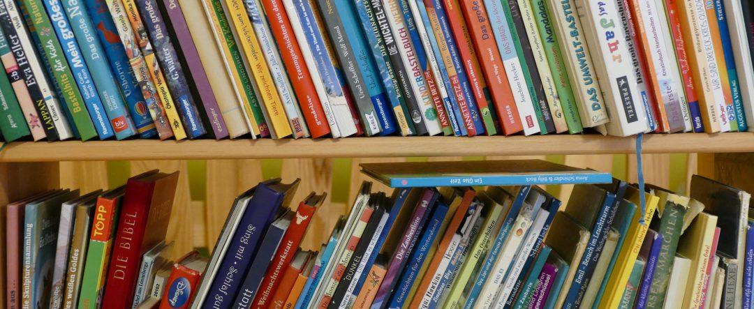 Bibliothek Lillabo